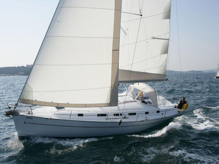 Private yacht for charter in Kalkara, Malta - the Moonbreeze for 10 guests.