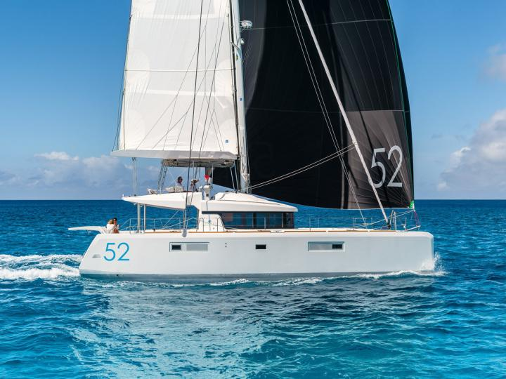 Sail the Cyclades, Greece on a catamaran - rent the amazing Costabella boat and discover sailing.