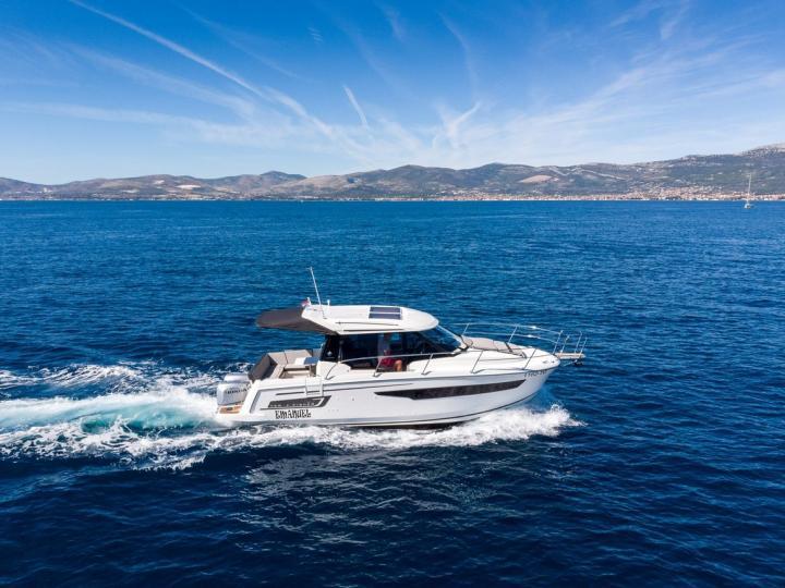 Top power boat rental in Kaštel Gomilica, Croatia.