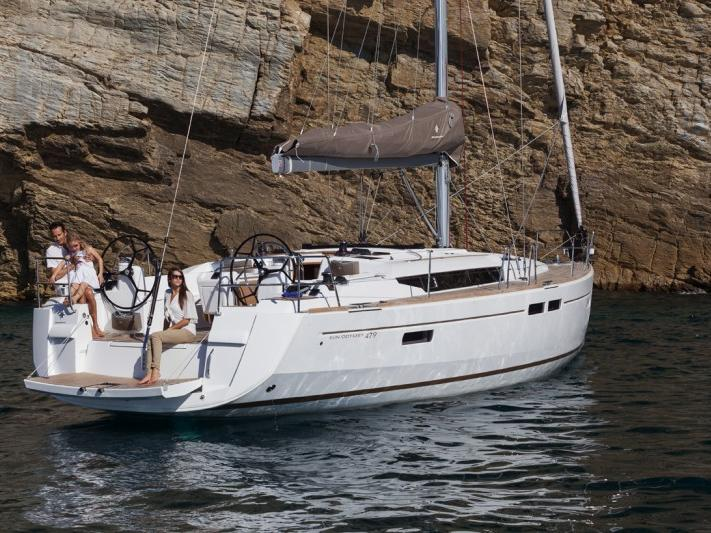 A great sail boat for rent - discover Scarlino, Italy, abroad the Azzura.
