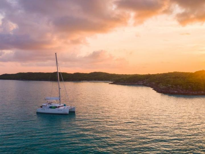 Rent a boat in Newport, United States and discover boating on a Catamaran.