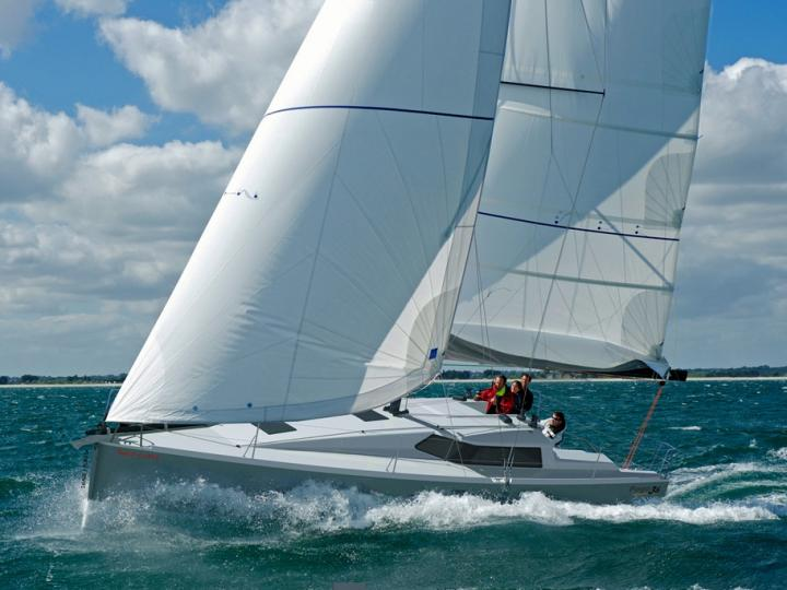 The best boat rental in Roses, Spain - amazing sail boat for rent.