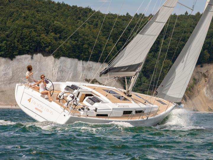 Boat for rent in Zadar, Croatia. Book a great yacht charter for 6 guests.