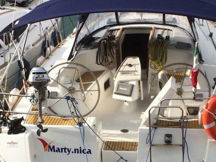 Tonnarella, Italy yacht charter - rent a boat for up to 8 guests.