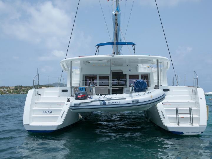 The best catamaran boat rental in Tortola, British Virgin Islands - amazing catamaran for rent.