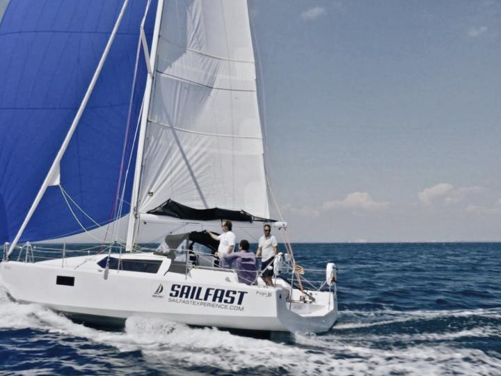 Affordable sail boat for rent in Roses, Spain.