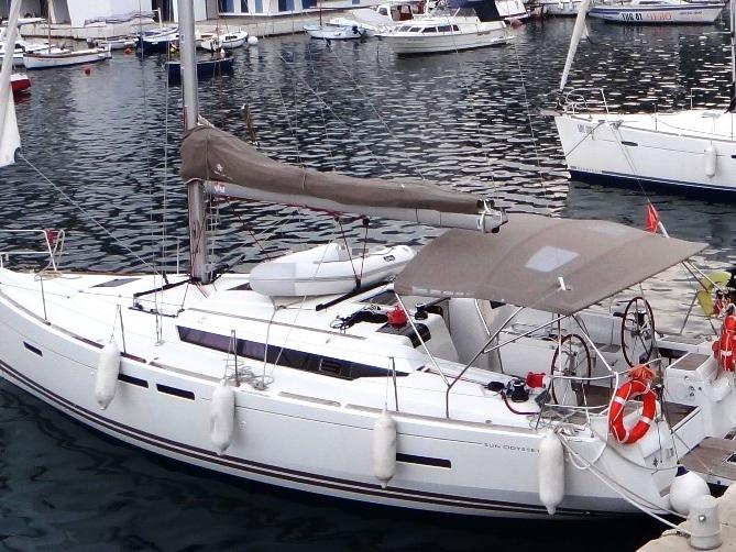 Rent a boat in Tivat, Montenegro - the best vacation trip on a yacht charter for 6 guests.