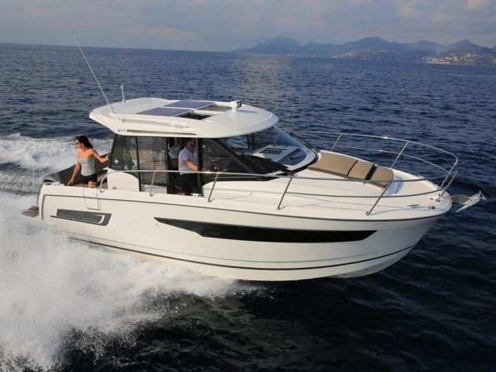Power boat rental in Split, Croatia.