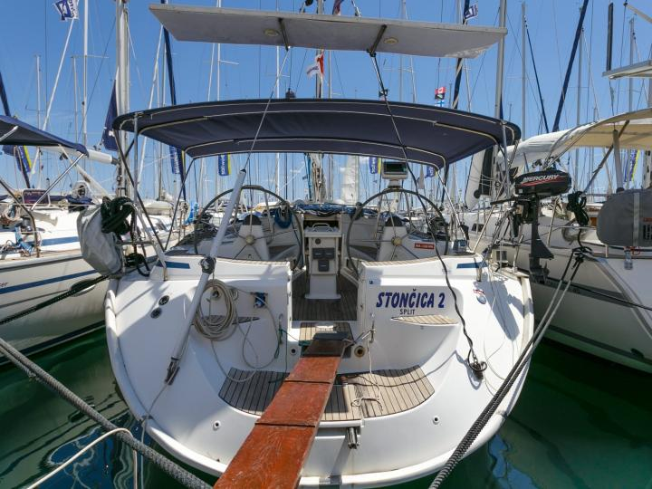 Amazing sailing yacht for rent in Split, Croatia, for up to 10 guests!