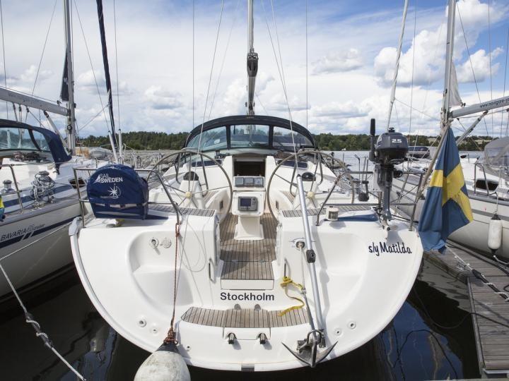 Cruise the beautiful Stockholm archipelago, Sweden aboard this great boat for rent.