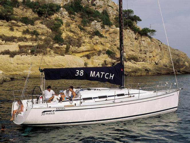 Rent a boat in Primošten, Croatia - an affordable vacation trip on a yacht charter for 4 guests.