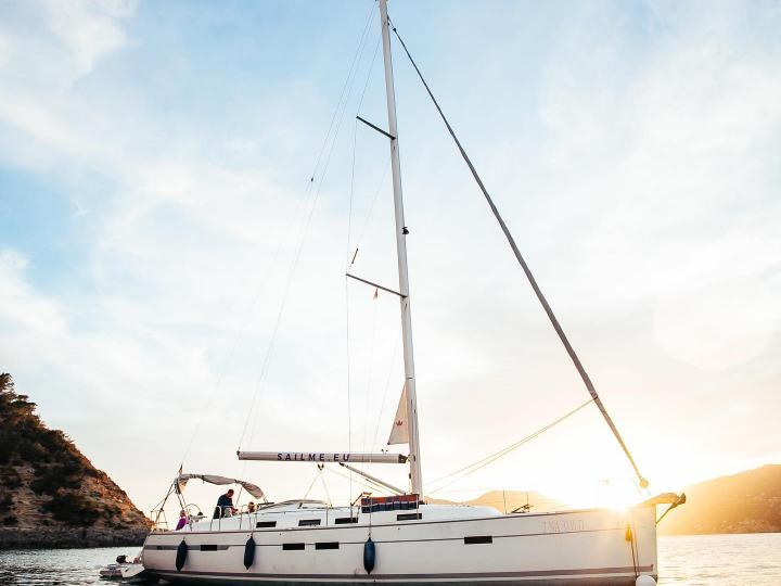 Magnificent modern sailing yacht to rent in IBIZA