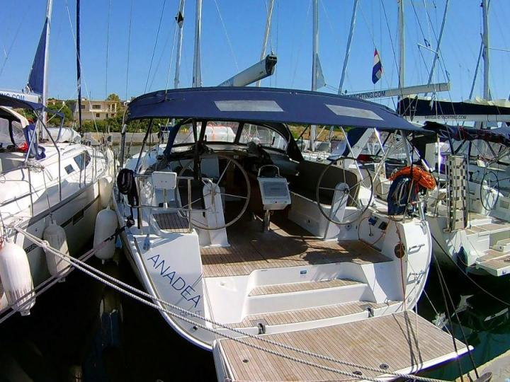 Yacht charter in Athens, Central Greece - a 8 guests sailboat Anadea.