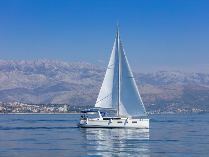 Top boat rental in Split, Croatia - rent a sail boat for up to 6 guests.