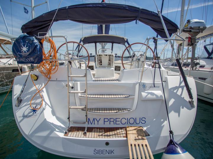 Split, Croatia boat rental - discover vacation on a boat for rent for up to 10 guests.