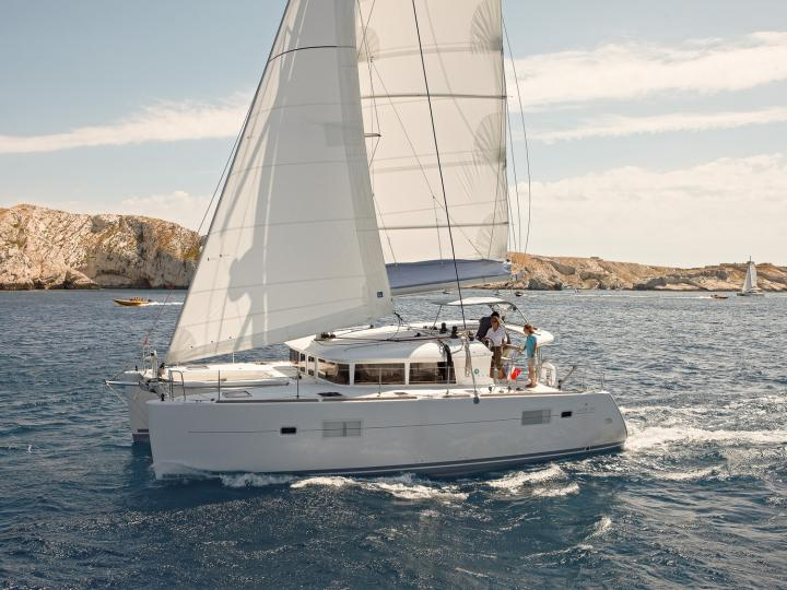 Beautiful catamaran rental in Lavrio, Greece - yacht charter for up to 12 guests.