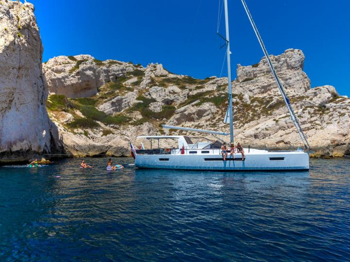 A 46ft sailboat for rent in Seget Donji, Croatia. Enjoy a great boat charter for 12 guests.
