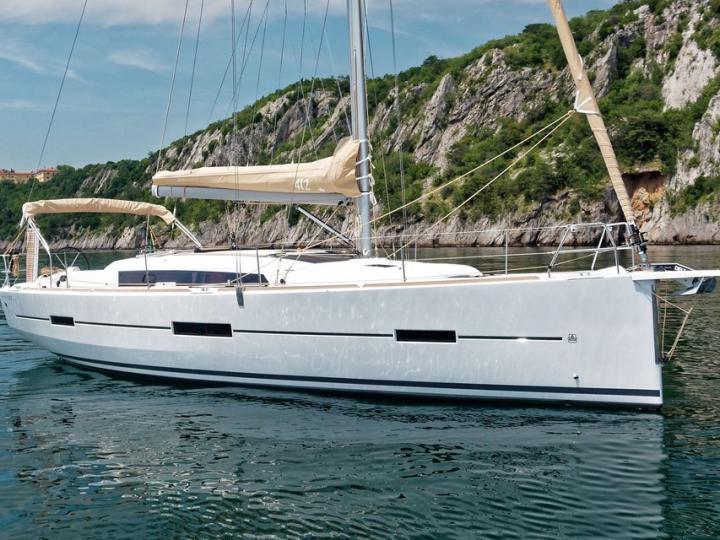 Explore the amazing Kalkara, Malta on a boat rental and discover sailing.