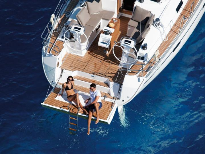 Private boat for rent in Sicily, Italy - discover boating on a yacht charter.