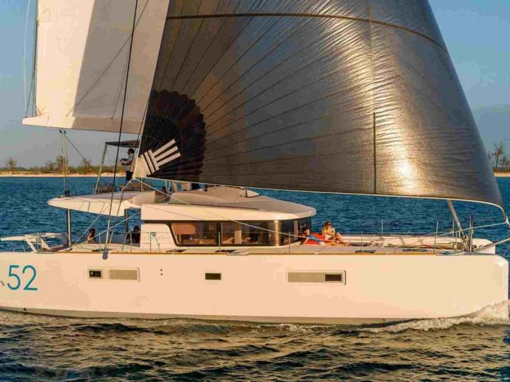 Catamaran for rent in Palma, Spain - El Presidente for up to 12 guests.