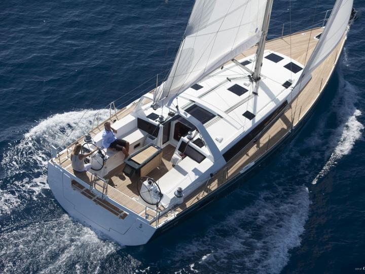 Book a boat rental in Lavrio, Greece - amazing yacht charter for 10 guests.