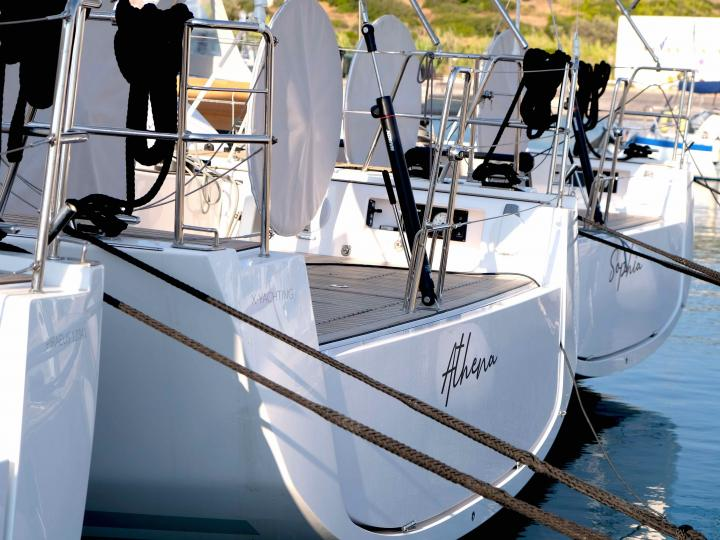 Explore the amazing Lavrio, Greece on a sail boat - rent the 46ft Athena boat and discover sailing.