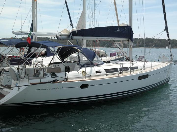 Cruise the beautiful waters of Portocolom, Spain aboard this great boat for rent.