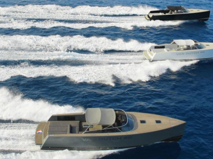 Discover boating aboard the 40ft NN boat in Cannes, France - a 1 cabins power boat for rent.