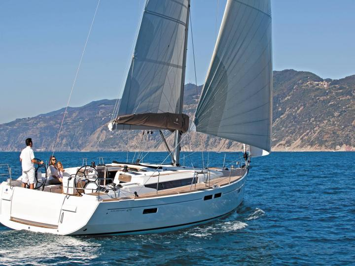 Sailboat charter in Croatia near Split - Discover your yacht charter Croatia holiday with up to 8 guests.