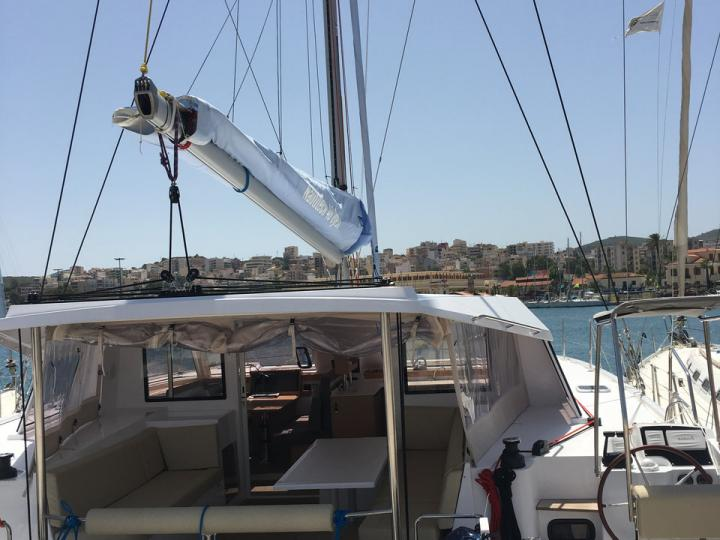 Rent a catamaran in Elliniko, Greece - a perfect vacation on a catamaran for up to 8 guests.