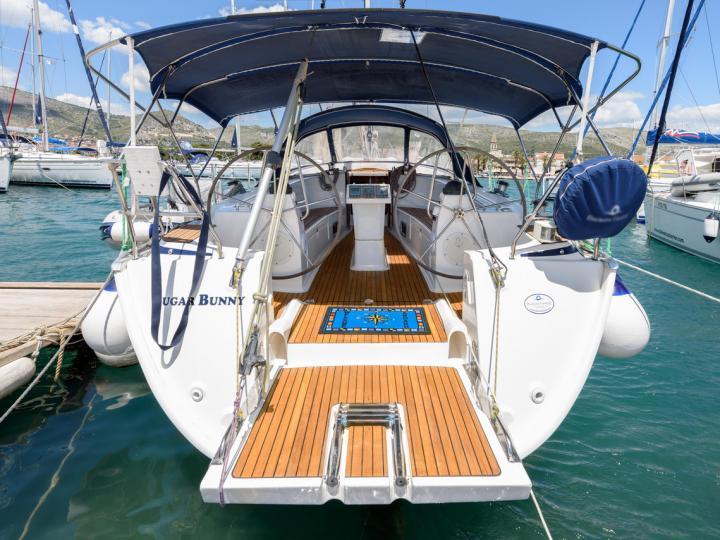 Rent a boat in Trogir, Croatia - the Sugar Bunny yacht charter.