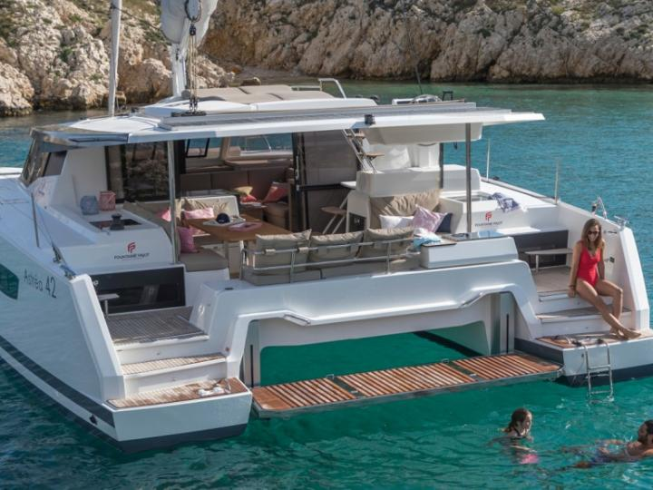Top boat rental in Antigua, Caribbean Netherlands - catamaran for up to 8 guests.