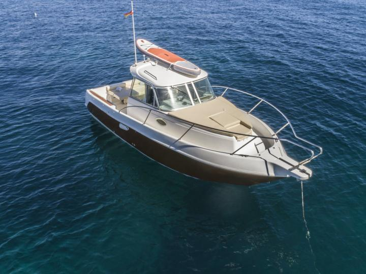 Explore the amazing Eivissa, Spain on a power boat - rent the 26ft Alitan boat and discover sailing.