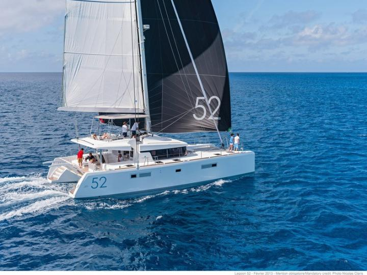 Boat rental in Road Town, BVI for up to 12 guests - discover sailing in crystal clear turquoise waters on a catamaran.