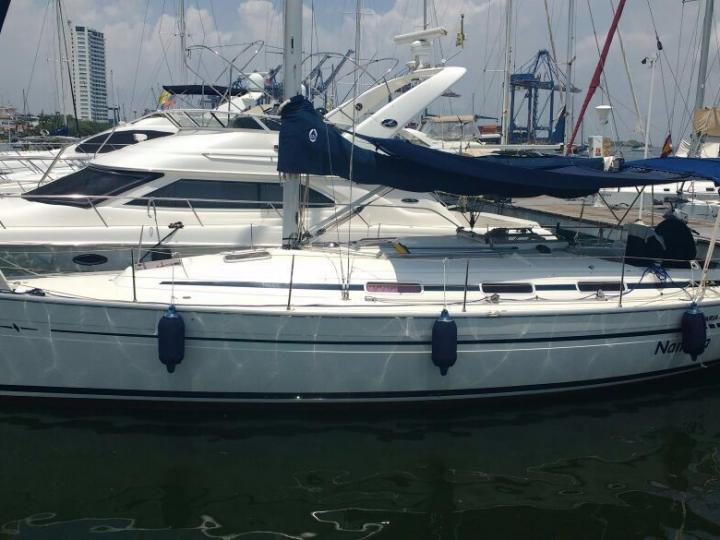 Sail on a boat for rent in Cartagena, Colombia - the ultimate vacation trip on a yacht charter for 6 guests.