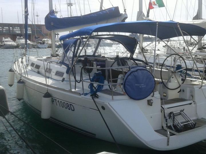 Cagliari, Sardinia boat rental - discover vacation on a sailboat.