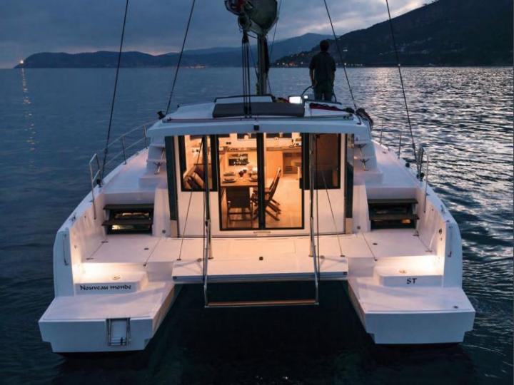 The best boat rental in Key West, United States - amazing Catamaran for rent.