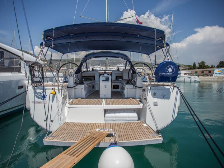 Rent this wonderful new sailboat near Split, Croatia - the ultimate vacation holiday on a yacht charter for 8 guests!