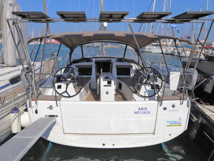Boat rental in Lavrio, Greece for up to 6 guests - discover sailing on a yacht charter.
