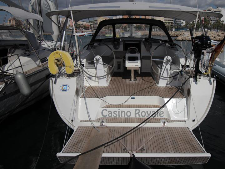 Rent a boat in Palma, Spain and discover vacation on a yacht charter.