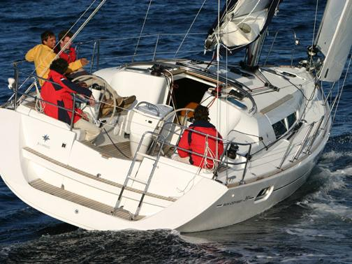 The best boat for rental in Nettuno, Italy - Anguila!