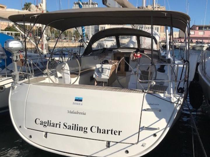 Rent a boat in Marinella, Italy and discover boating on a sail boat.