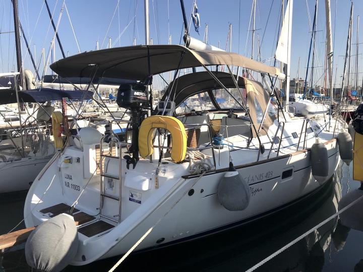 Private boat for rent in Lavrio, Greece - yacht charter for up to 8 guests.