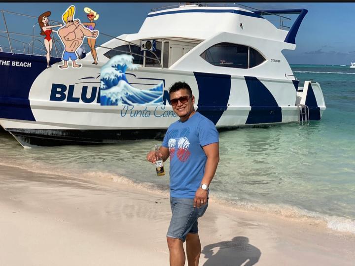 Booze private cruise