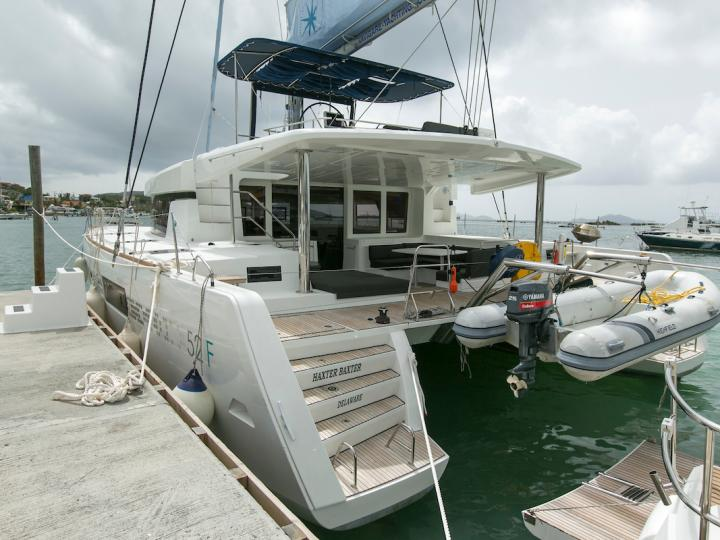 Charter a catamaran boat in Tortola, BVI - the Haxter Baxter for 10 guests.