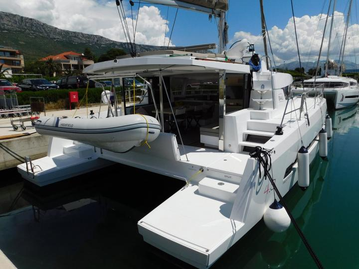 Beautiful 43ft catamaran for rent - the La Vie En Rose yacht charter in Dubrovnik, Croatia.