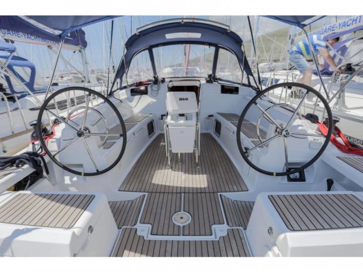 Discover boating aboard the 44ft Scalea boat near Split, Croatia - a 4-cabin yacht charter in the Adriatic Sea.