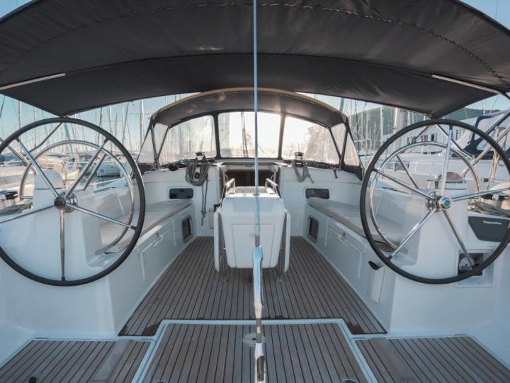 Boat for rent in Split, Croatia. Enjoy a great yacht charter for 10 guests.